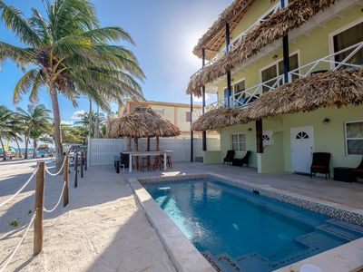 Poolside Suite - The Palapa House