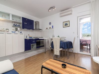 Photo for Apartments Ana / Two bedrooms Lavanda