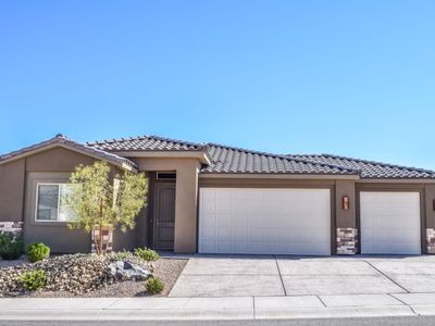Photo for Brand New three bedroom home!-1622