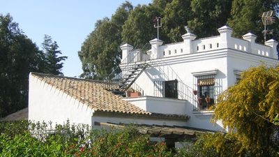 Photo for Beautiful villa with pool, close to beaches and City center, perfect for familie