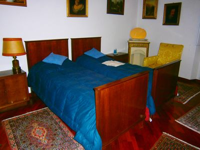 Photo for Elegant double (single use too) room in Florence in central shared flat