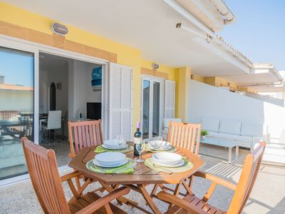 Photo for Apartment with large terrace 50 m from the beach in Puerto de Alcudia with AC