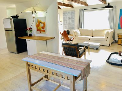 Photo for 3 Bedroom House - Light airy modern simple stay