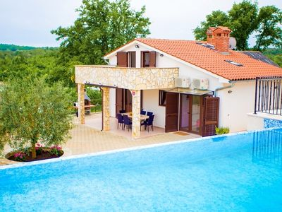 Photo for Beautiful Villa Lara in Central Istria