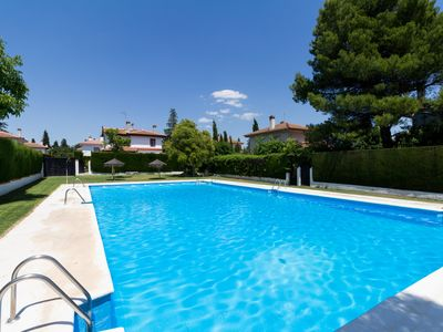 Photo for Villa Adriana with barbecue, garden, communal pool and wifi