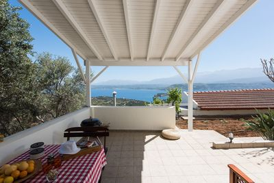 The terrace with views!
