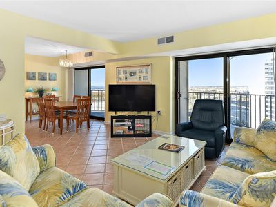 Spacious 2 Bedroom Condo with Outdoor Pool in 9400 Building!