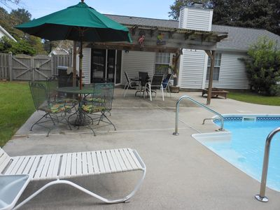 Photo for Great Location, 3 miles to Beach, Private Pool. 10 min. to Downtown Chas