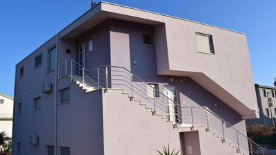 Photo for Modern and comfotable 3 bedroom apartment Lilla III with shared pool EOS-CROATIA