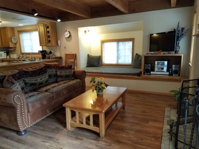 Photo for Convenient Location, $175 per Night, Hot Tub, Fireplace & Wi-Fi, Winter/Summer