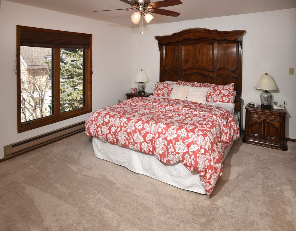 Newly Renovated Eagle Vail 4 bedroom Duplex... - VRBO