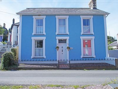Photo for Vacation home Bro Aeron in New Quay - 6 persons, 3 bedrooms