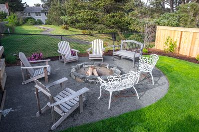 Outdoor fire pit.
