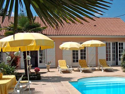 Photo for Vacation home Communal in Ludon-Médoc - 6 persons, 4 bedrooms