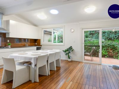 Photo for SPACIOUS & RELAXED 4 BED HOUSE // PETS WELCOME
