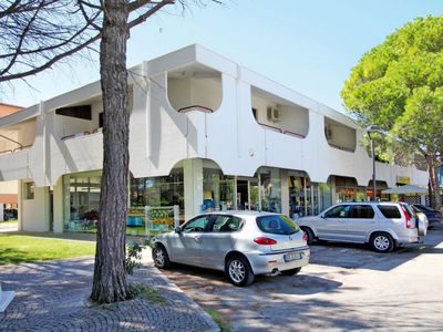 Photo for 2 bedroom Apartment, sleeps 5 in Bibione Pineda with Air Con