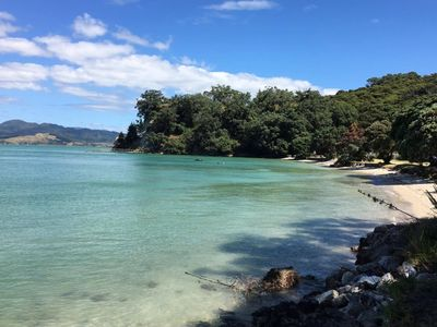 Photo for Beachfront hideaway in exclusive bay - Ruffins Rocks @ Ruffins Bay
