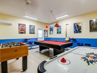 Photo for ✦Modern Luxury 6BR Villa✦5min2Disney✦Gameroom✦South-facing Pool/Spa✦Themed Rooms
