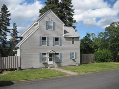 Photo for Hood River View Home 5 Blocks to Downtown