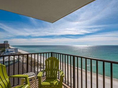 Photo for 1 Bedroom Gulf Front - Pet Friendly - Heated Pool - Tons of Amenities Plus Free WiFi and Parking!
