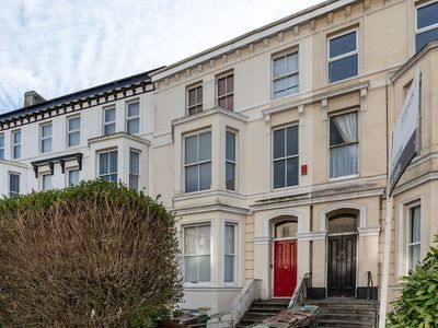 Photo for Ford Park Apartment - Near University of Plymouth