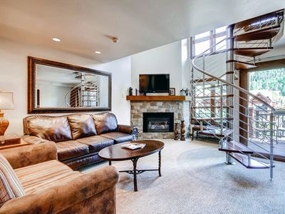 Photo for Luxury Vail 2 Bedroom + Loft condo, 50 yards to lift, Pool, Hot Tub, Sleeps 9
