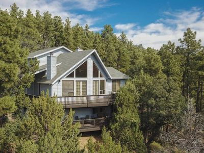 Photo for Deluxe Family Cabin in the Pines