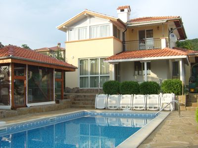 Photo for Family-friendly seaside luxury house with private swimming pool