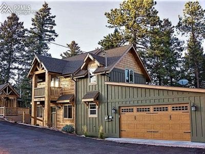 Photo for Pikes Peak / Colorado Springs Mountain Paradise 2 bedroom Cabin
