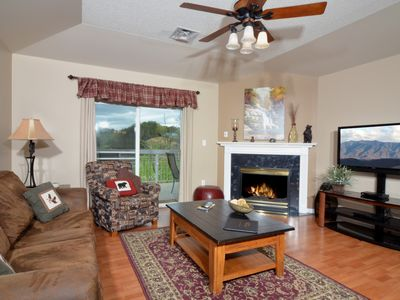 Photo for Granite • 3BR Double Riverside Balcony • Free Dinner and Show Tkts