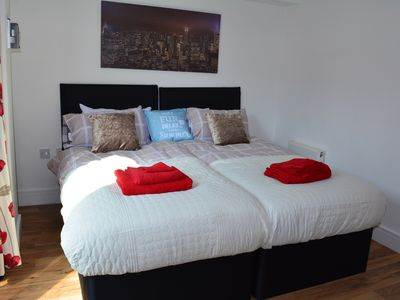 Photo for 1BR Apartment Vacation Rental in Cardiff, Wales