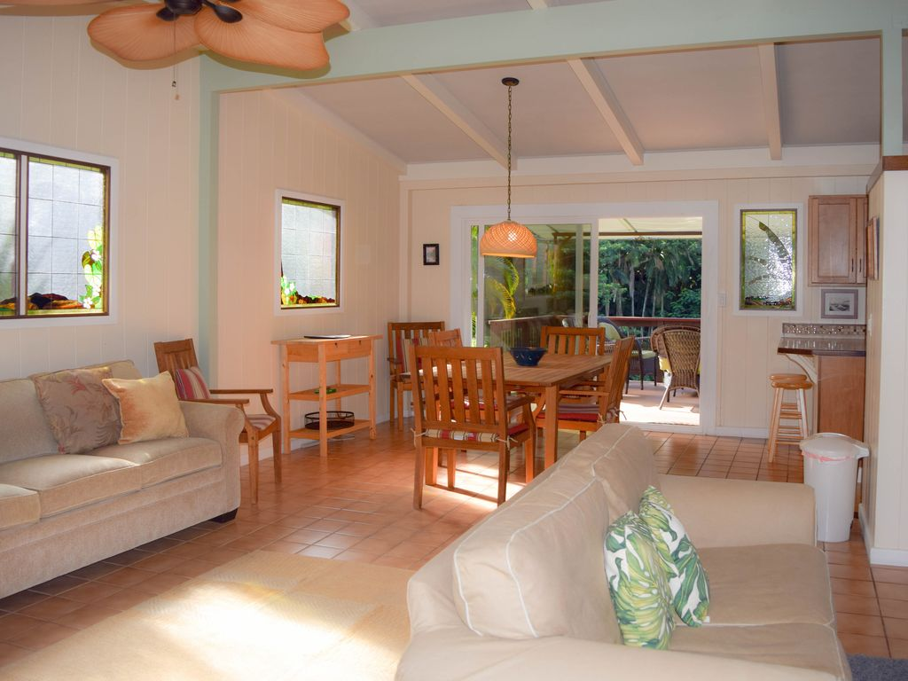 Centrally Located in Hilo, Reed's Island - ... - VRBO on
