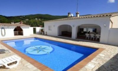 Photo for VILLA MARYLIN IN CALONGE BETWEEN PLAYA DE ARO AND PALAMOS FROM 1 TO 6 PERSONS.