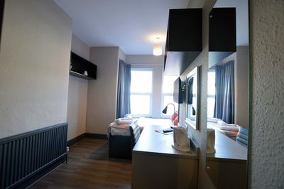 Double Room with Shared Bathroom - Rumbold Suite