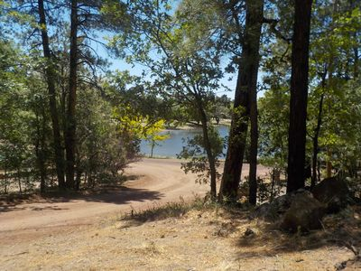Photo for SPECTACULAR MOUNTAIN BLUFF CABIN WITH LAKE VIEWS-FENCED