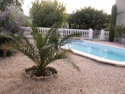Photo for Apartment in ground garden + POOL
