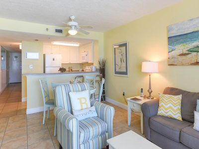 Photo for Spacious Condo, On-site pools with hot tub and splash pad, Beach-front
