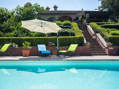 Photo for Villa Palombara: country villa with heatable gated pool, tennis court & cook