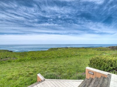 Photo for Oceanfront Sea Ranch with seaside hot tub. Discount for weeklong stay