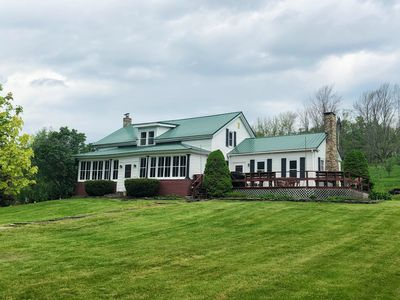 HUGE Farmhouse with 5BR on 200 acres with POND