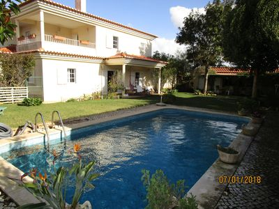 Photo for MAGNIFICENT VILLA COM POOL, JARDIM e BARBECUE