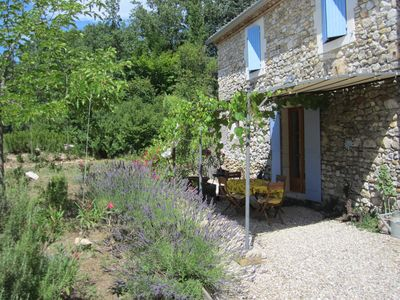 Photo for Petit Maison Broche -Traditional Stonehouse, pool, large Garden,