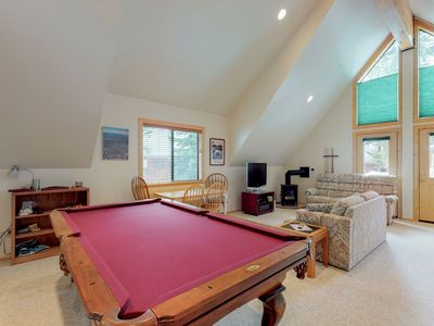Photo for NEW LISTING! Efficient studio w/shared pool & tennis, on-site golf - near lake