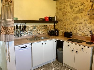 Small but compact French kitchen