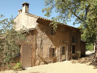 Photo for Secluded tranquility close to the heart of St Remy de Provence