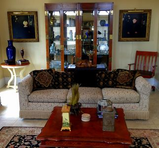 Elegantly appointed with fine furnishings (Henredon, Century, Ethan Allen, Hickory, etc.), English and American antiques, art objects, & original art make the setting a luxurious home-away-from-home for the discerning traveler.