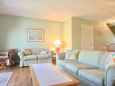 Photo for Townhouse with GOLF & Pool Privileges, solding flooring, selleps 6 with 2 A/Cs - HO0675