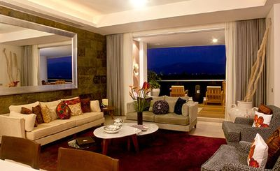 Photo for Luxury & Service 3 Bed Presidential Suite Resort-closest to ocean Golf Spa Pools