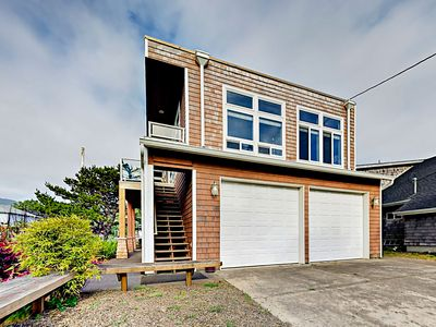 Photo for 3BR w/ Large Deck, 200' to Beach - Great for Groups w/ 3 Separate Units!