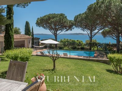 Photo for Superb property with beautiful garden, sea view and vis-à-vis the beach